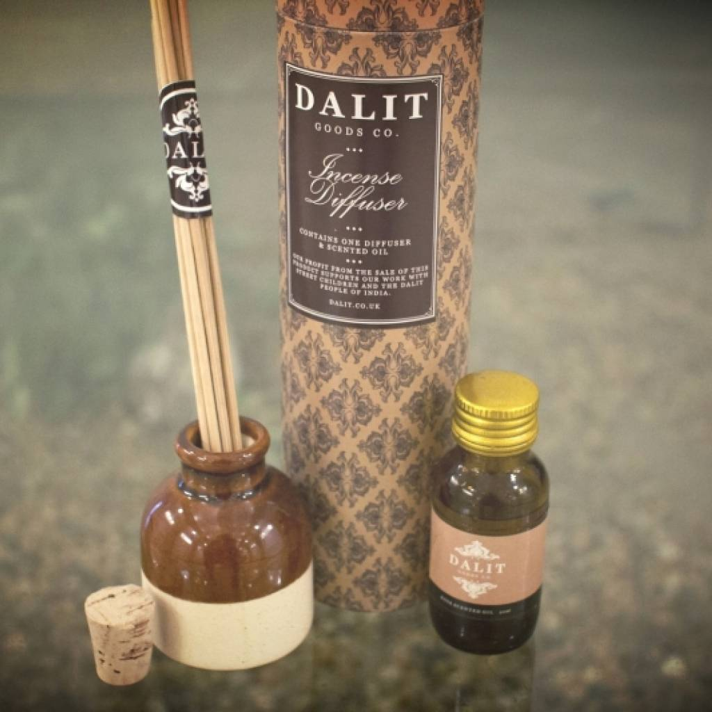 Dalit Terracotta Incense Diffuser with Rose Scented Perfume gallery image #1