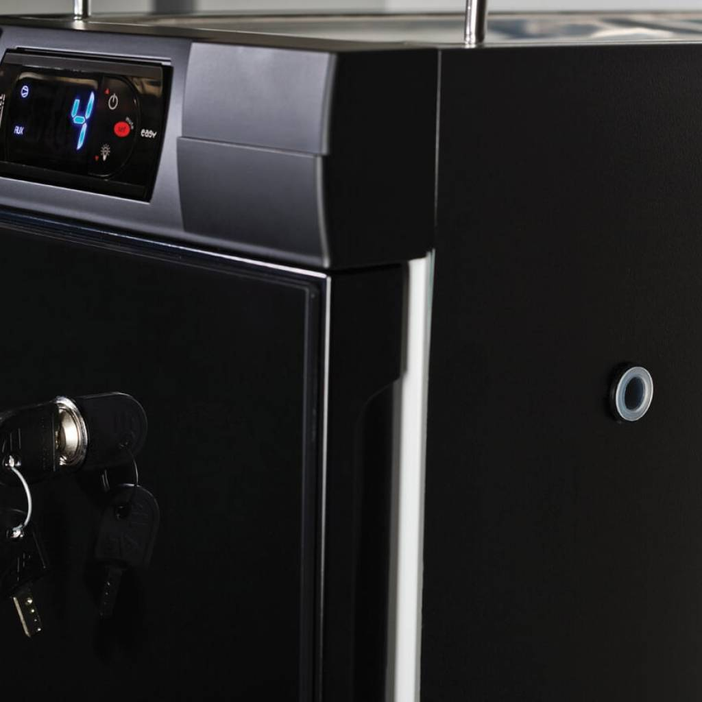 Jura Combi Cool 4lt fridge with integrated cup warmer gallery image #3